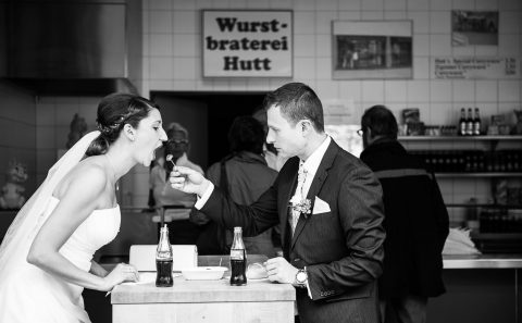 Hochzeitsreportage in Esslingen mit Sandra & Niko, in der Imbissbude